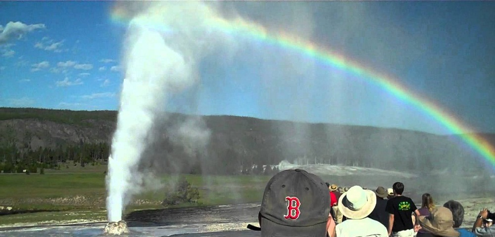 Old Faithful Geyser at Yellowstone National Park