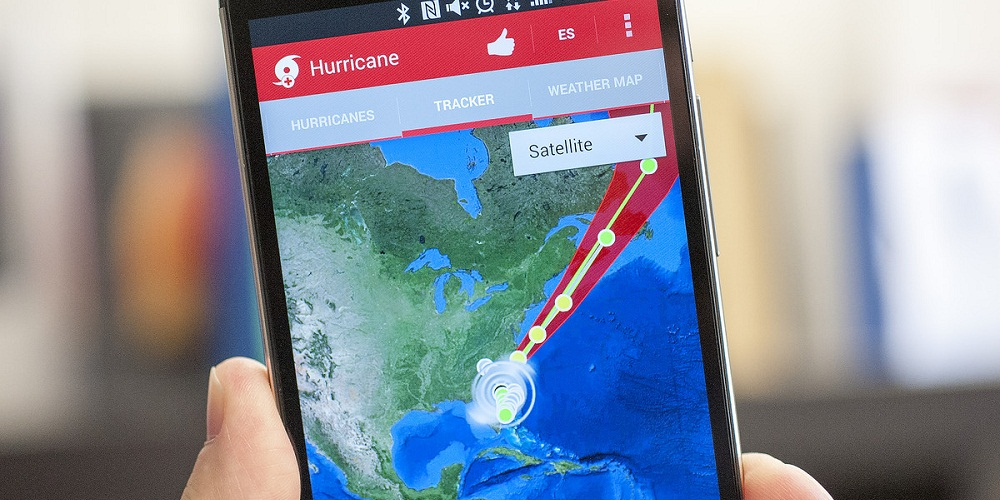 hurricane-tracker-app