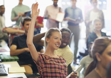 Jump-Starting a Career: 4 Reasons to Choose a College Education