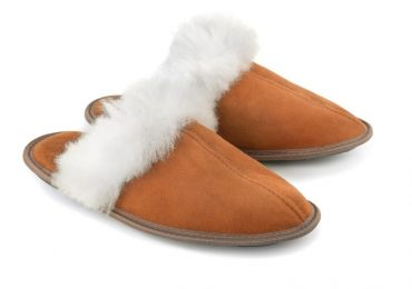 The Women Sheepskin Slippers are a Great Investment for all of us to Dress