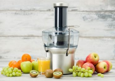 8 Noteworthy Advantages of Using Commercial Juicer for Large Scale Purposes