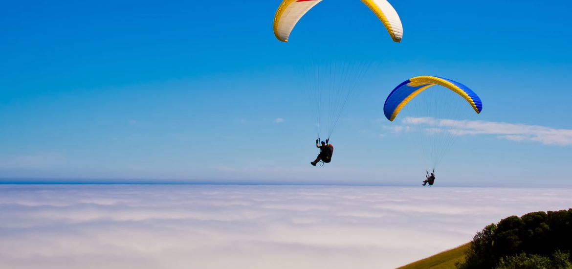 5 Awesome Paragliding Destinations in India