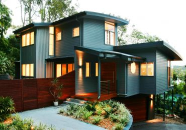 When Should Sellers Repaint Their Home's Exterior?