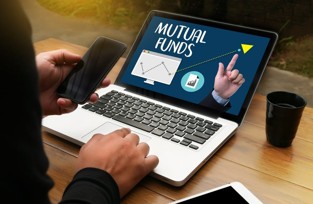 Advantages and Disadvantages of investing in Mutual Funds