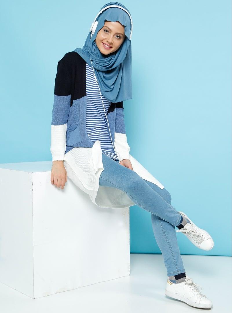 Modest athletic wear Muslim