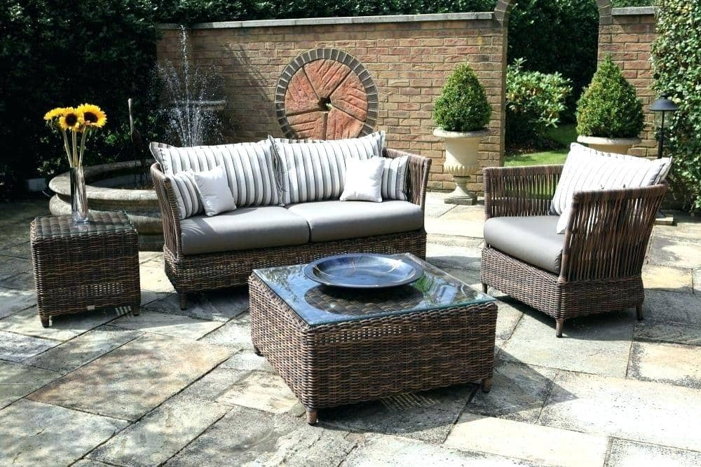 Outdoor living space ideas, How to expand outdoor living space
