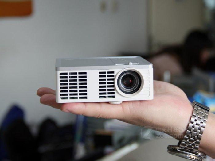 3M MP410 Mini Projector