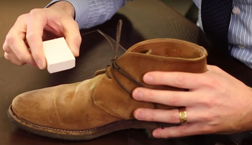 Spray-a-thin-coat-of-nubuck-cleaner-onto-the-surface