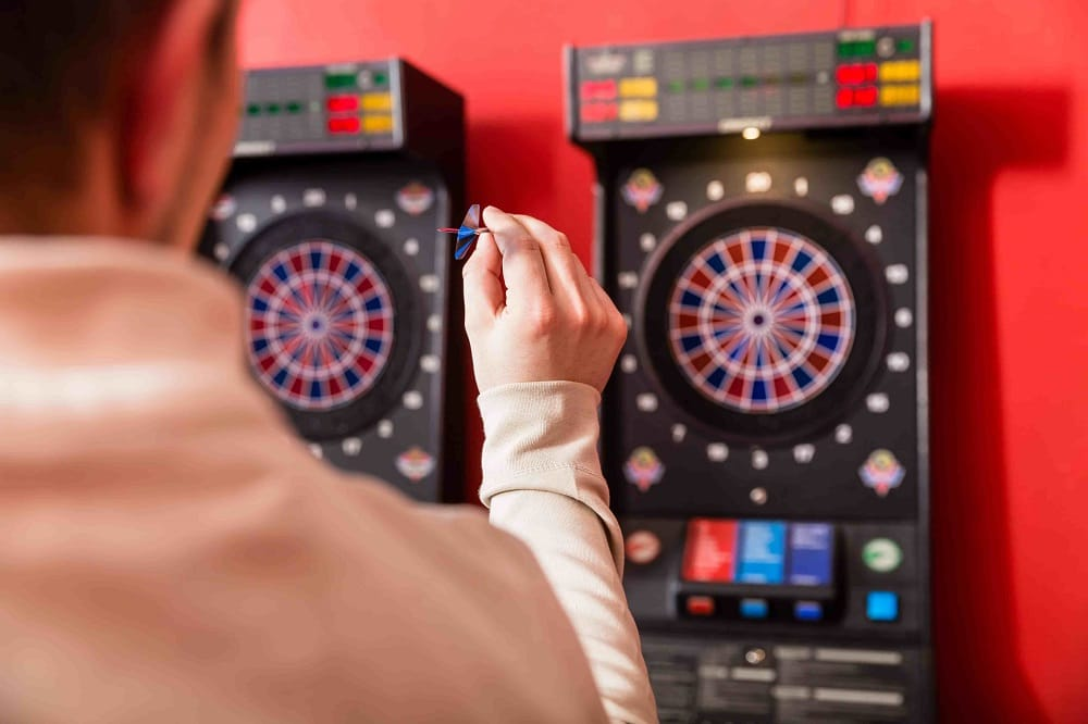 Finding a Top-Rated Electronic Dartboard to Buy Online